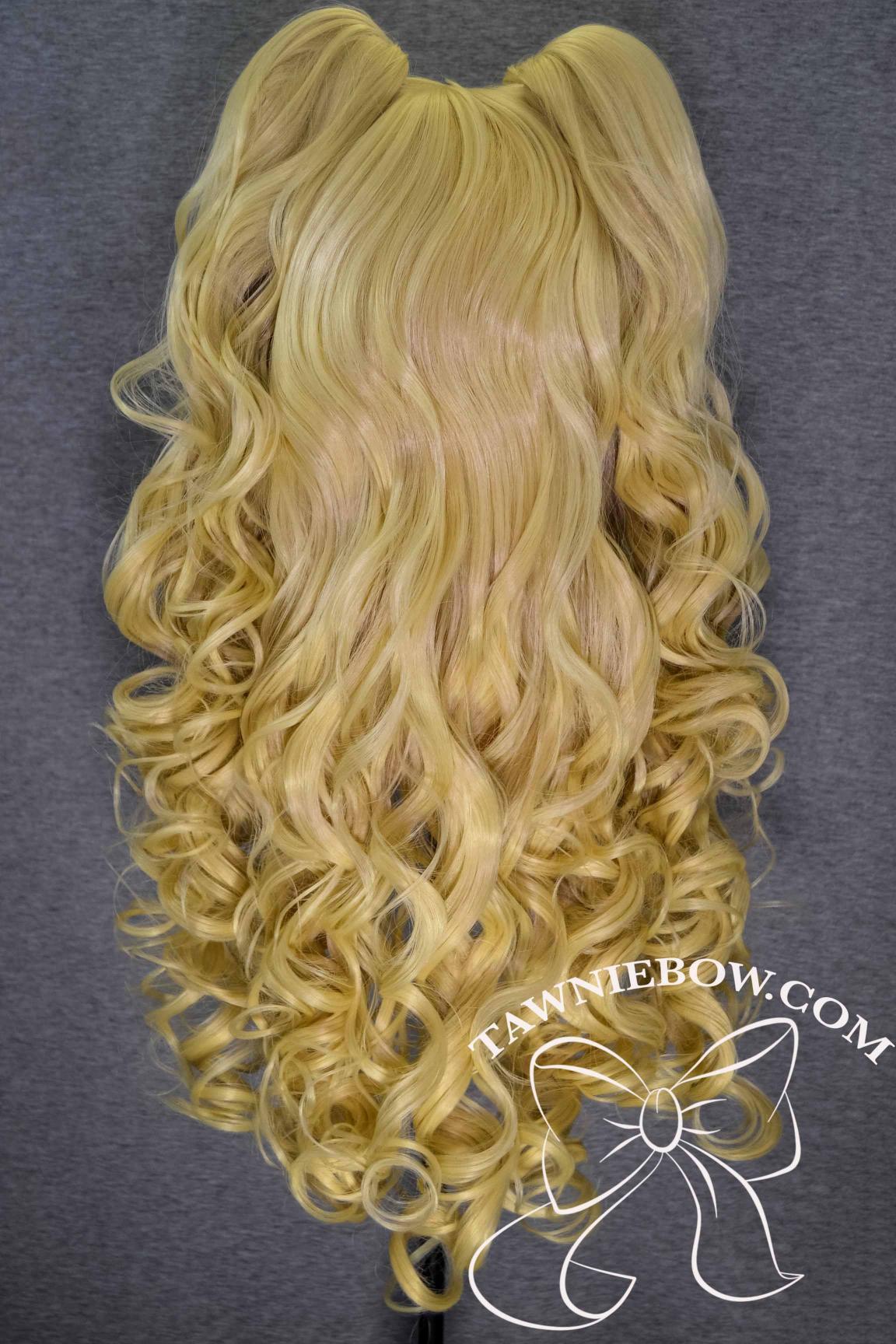 blondiebacktails